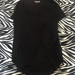 black, short sleeve tie knot t shirt